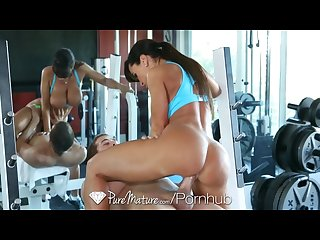 Lisa ann workout is giving a young man a hard cock puremature