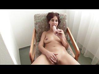 Indian milf masturbates