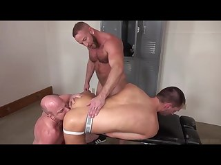 Raw fuck threesome