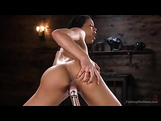 Athletic ebony sex Kitten kira noir gets an anal machine fucking with giant