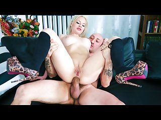 Amateur blonde babe hardcore anal drilled in her first porn