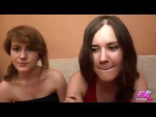 Las hermanas del porno trio entre Claudia y maricarla cereijo y el nerdy