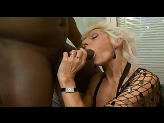 Dirty old granny gets fucked by a big black cock squirting old pussy