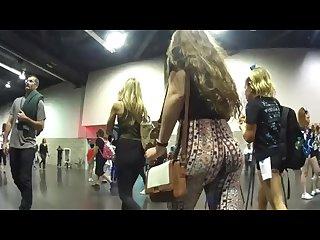 Jiggle patterned leggings teen candid