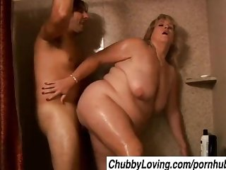 Juicy jenna is a beautiful blonde bbw milf who loves to fuck
