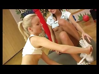 Hentai lesbian shower Xxx cindy and amber smashing each other in the gym