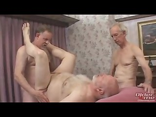 Mature daddy threesome