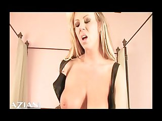 Carolyn reese takes on the sybian fuck machine