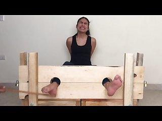 Laura sexy pies bastinado