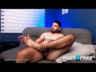 Jerome V on flirt4free bearded Latino hunk eats cum off his own feet