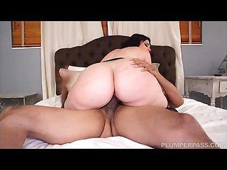 Big booty pawg virgo peridot fucks stranger from the club