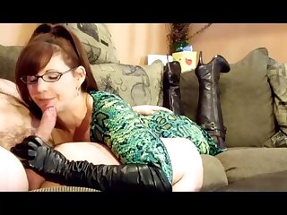 Blowjob with leather glove