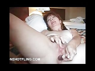 Mature solo toying and cumming for you