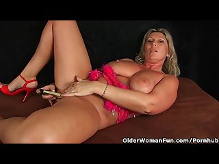Chunky milf with big tits masturbates with fingers and vibrator