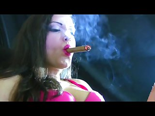 Alexxxya cigar smoking