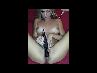 Amateur milf masterbating