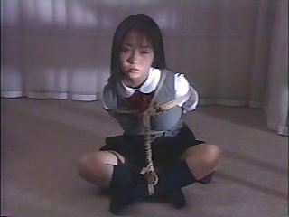 Japanese schoolgirl Bondage1