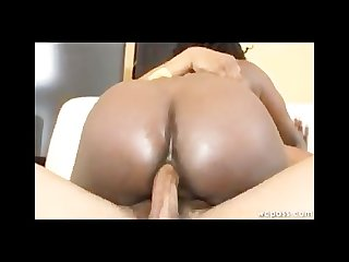 Voluptuous black booty anal