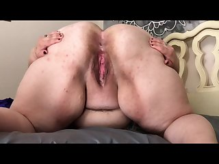 Fat girl with big ass shows off asshole and pussy