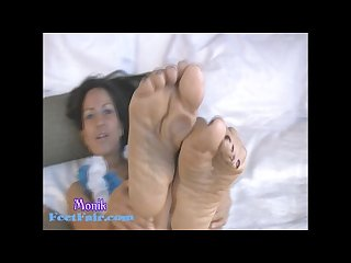 Sexy mature latina feet