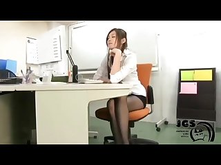 Ameri ichinose office lady