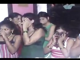 Live indian college girls caught in police raid at sex parlor in delhi
