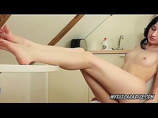 Amy Azari lick her feet and suck toes of foot