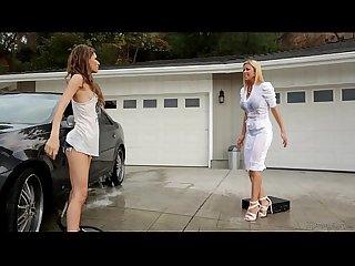 Mom needs her clean car! - more videos on www.amateurcams.cf