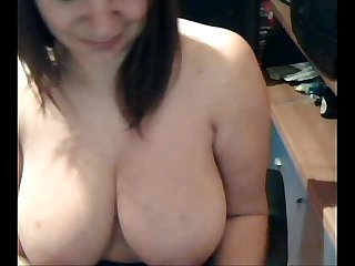 Webcam chat amateur - busty solo
