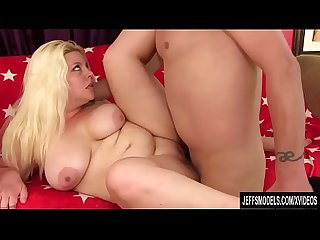 Chubby blonde miranda Kelly sucks on a long dick and fucks