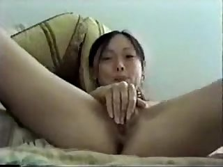 hot asian masturbates pussy with hairbrush perfectcambabes.com