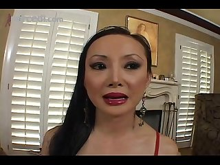 Mature asian angel venus slobs a knob