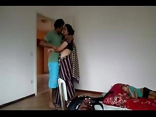 Hot nipa Bhabhi sex in room download full video http ouo io zkybgu