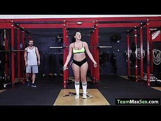 Latina valentina gets fucked at the gym