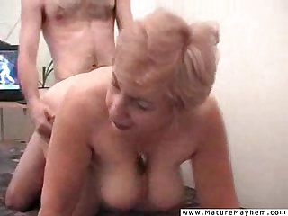 Mature whore suffer an extreme humiliation