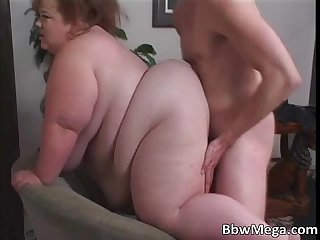 Dirty fat brunette hoe getting pussy