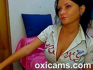 Cute amateur babe on webcam live sex show lpar 16 rpar