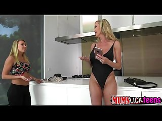Luscious lesbians brandi love and cali sparks fingefrucking