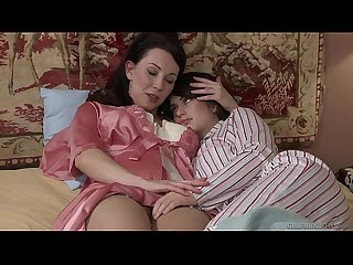 Mommy and daughter fingerfuck ashlyn rae Rayveness