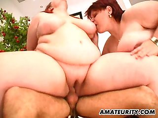 2 hot fat amateur Milf in a threesome with facial