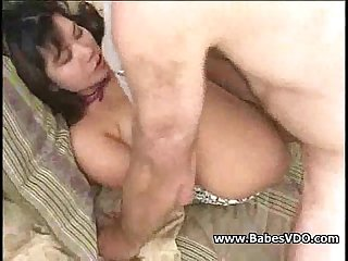 Cute asian woman gets a shag