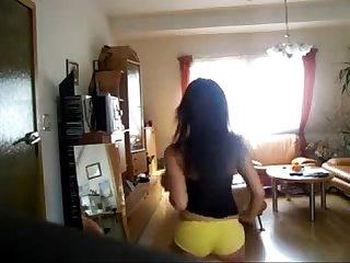 Delhi girl arousing dance
