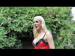 Bianca blonde sexy vient pour baiser kaelys