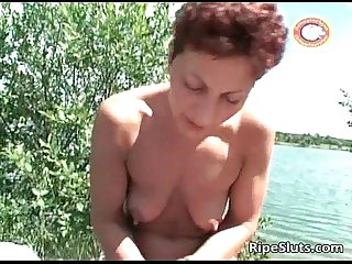 Slutty mature redhead shaves her hairy