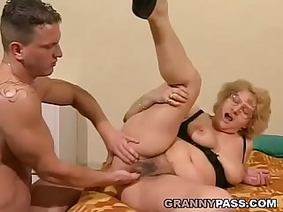 Muscular Young guy fucks A fat Granny