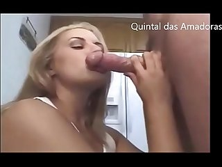 Blonde Amateur Milf Does Blowjob - Quintal das Amadoras