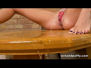 You will fall in love with this hot girl as she plays with her delicious pussy