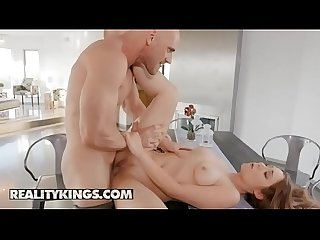 (Kayla Paris, Johnny Sins) - Grinding It Out - Reality Kings