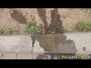 Japanese ho pisses pants