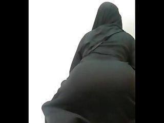 Burka twerk